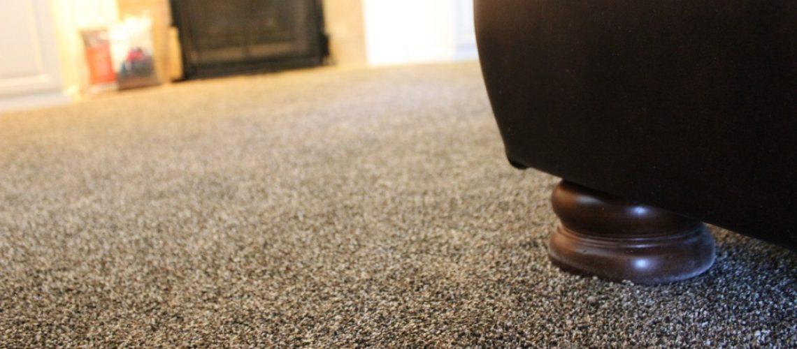 Karpet Buat Masjid Diinjak Anjing, Bagaimana Hukumnya dalam Islam?