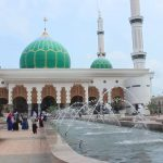 Masjid Agung Islamic Center : Fenomena Masjid Bagus Yang Tak Terurus